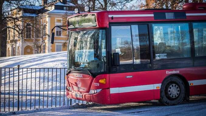 Bussar far vinterdack for att klara extremt vintervaglag