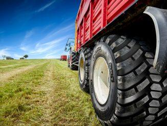 lantbruksdäck för släpvagnar